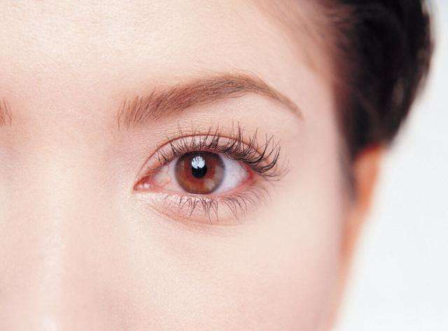 一到春天眼睛奇痒无比 小心春季过敏性结膜炎在作怪
