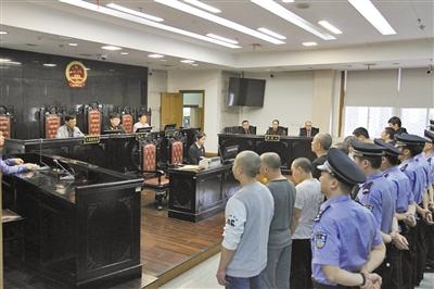 """温州系列""""地沟油""""案件宣判 有人被判重刑还罚10万"""