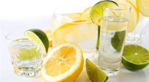 夏季宜吃酸 柠檬确实是首选 怎么喝最好?