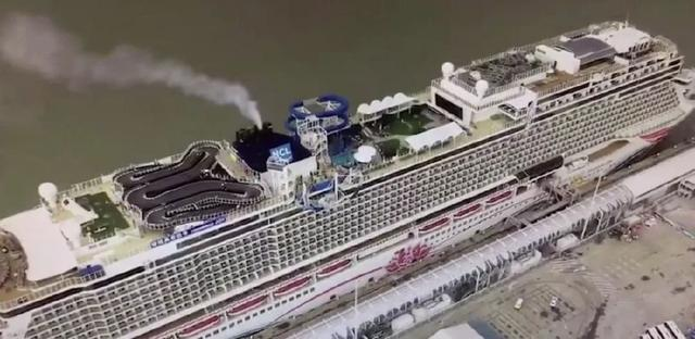 上海一五星邮轮台风来袭仍出行 7000人登岛游变为海上漂了5天