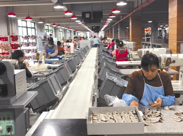 温州童鞋乘时尚之风占领全国15%市场 去年行业总产值近150亿元