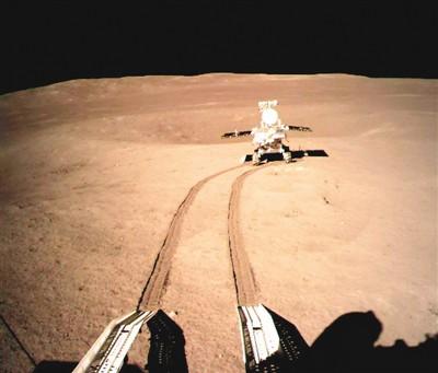 中国首次火星探测任务名称、标识24日正式公开